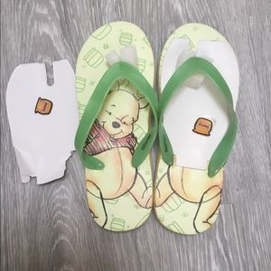 POOH HONEY JAR FLIP FLOPS NWOT